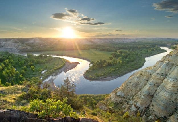 Camping in North Dakota   Ultimate List of Campgrounds Around US   Survival Life Camping Spots List