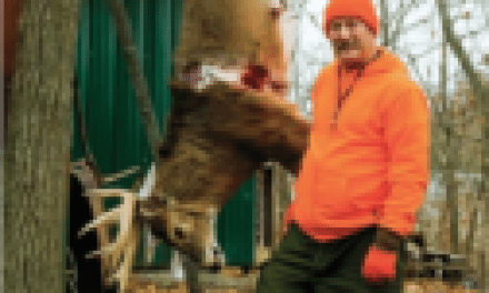 Giant Buck Earns the Title of King of the Season