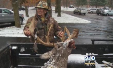 Michigan Hunter Arrows Monster 25-Point Buck in Osceola County