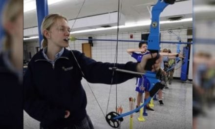 Video: Student Archer Uses Her Teeth to Fire Her Bow