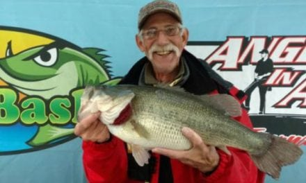Angler Lands $100,000 Largemouth Bass