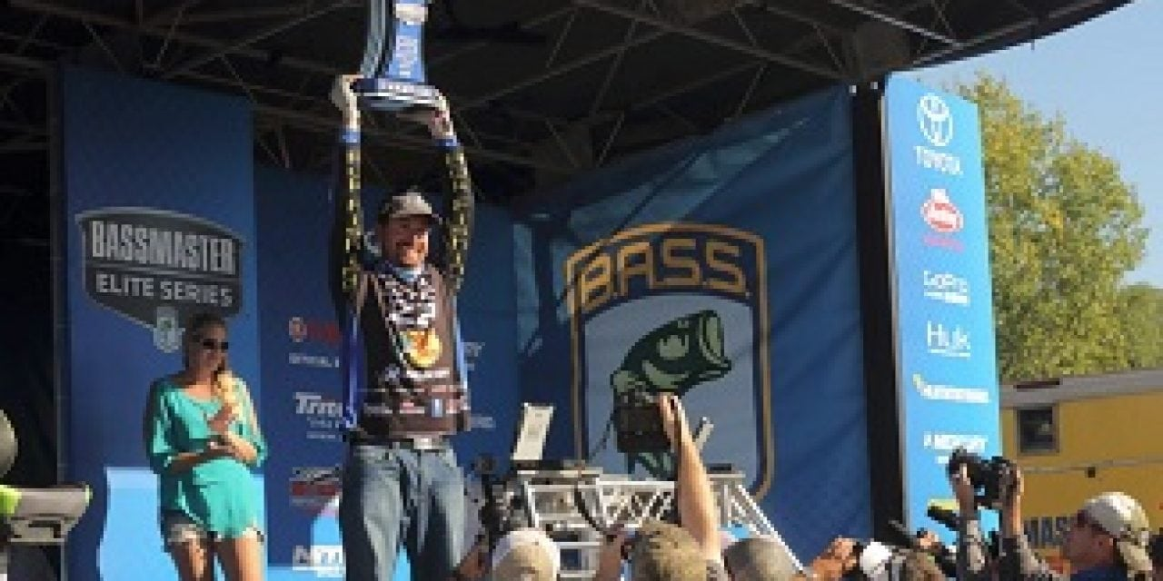 Ott DeFoe Dominates To Clinch Bassmaster Elite Event