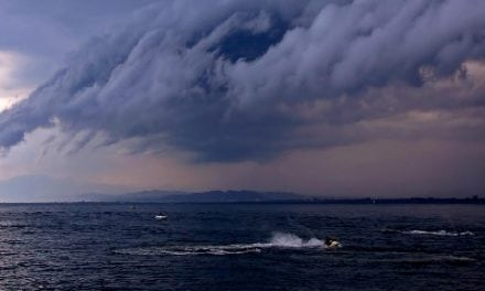 Three Tips for Any Boater Facing A Powerful Summer Thunderstorm