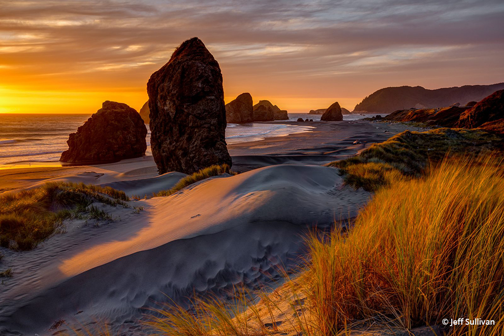 """Congratulations to Jeff Sullivan for winning the recent Your Best Photo of 2018 Assignment with the image, """"Golden Hour on the Oregon Coast."""""""