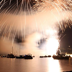 7 Ways to Survive Fourth of July on the Water