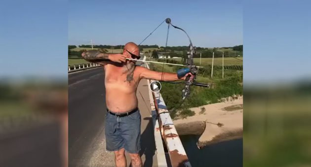 bowfishing from bridge