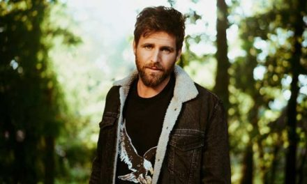 Exclusive Debut of 'Country Boy Things,' Canaan Smith's New Acoustic Music Video