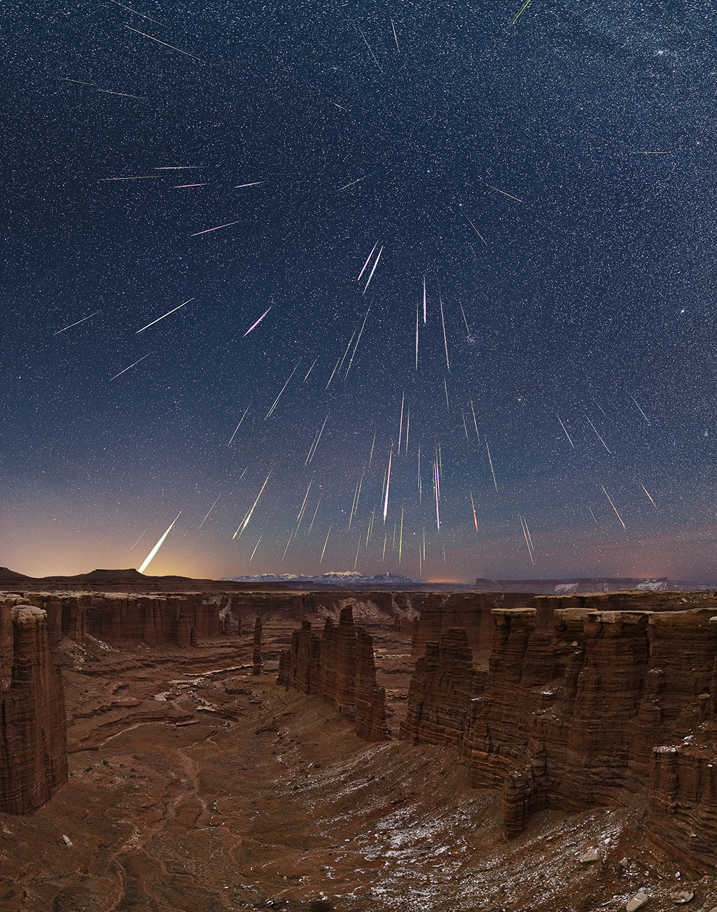 night landscape photography of a meteor shower