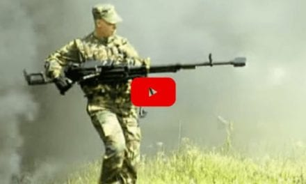 Soldier Handles KORD Heavy Machine Gun Like an Action Movie Star