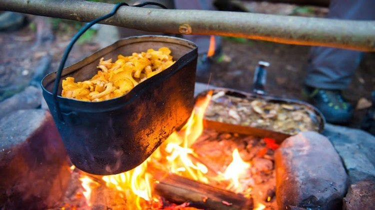 Practical (Yet Delicious) Winter Campfire Cooking Ideas For Outdoor Cooking