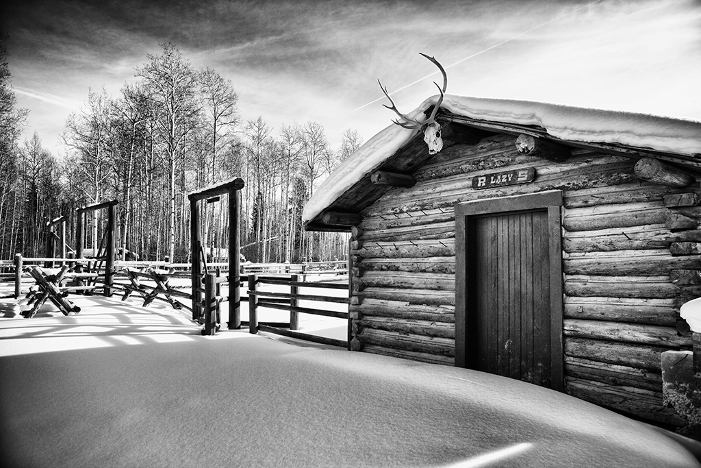 Photo of a building during winter at R Lazy S ranch.